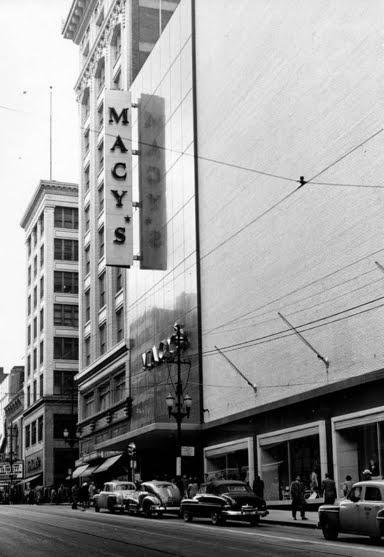 Macy's Missouri-Kansas (Macy's) 1034 Main Street Kansas City, Missouri 64105 (1947)
