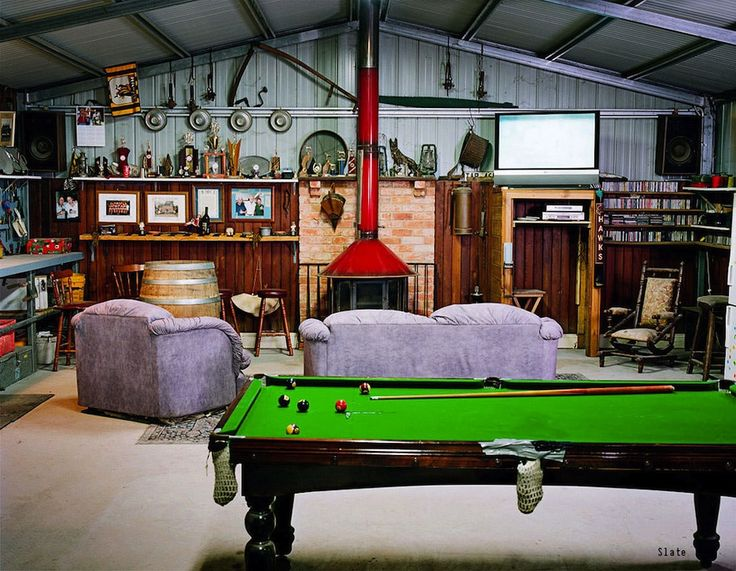 We've got tips for how to create a man cave garage. Click the pin to get started planning!