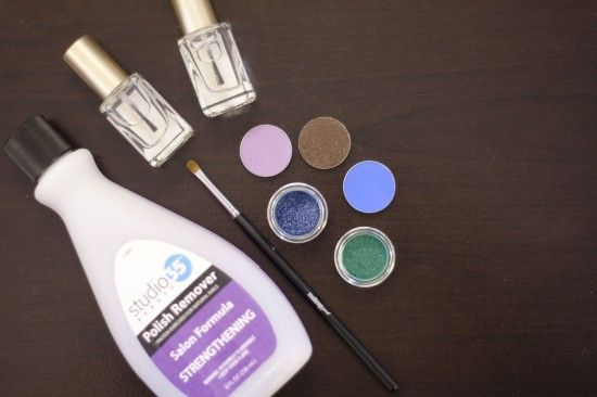 How to make tinted nail polish from clear and mascara or other powdered pigments.  Works with glitter too.
