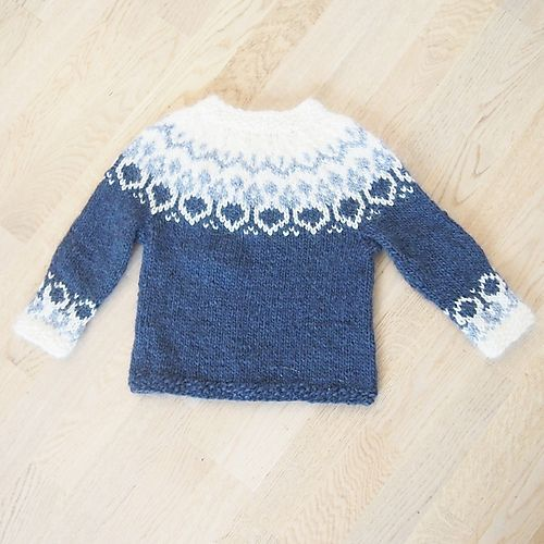 "Ravelry: Alva pattern by Maria Vangen - free pattern Maybe I can just use the yoke part and enter it into an adult-sized sweater...hmmm... [ ""Ravelry: Alva pattern by Maria Vangen - free pattern Maybe I can just use the yoke part and enter it into an adult-sized sweater."", ""Alva is an icelandic inspired sweater knitted with the icelandic yarn Alafoss Lopi. It only comes in size 3 years for now, but I might add other sizes later."" ] # # #Baby #Sweaters, # #Knitting #Sweaters,"