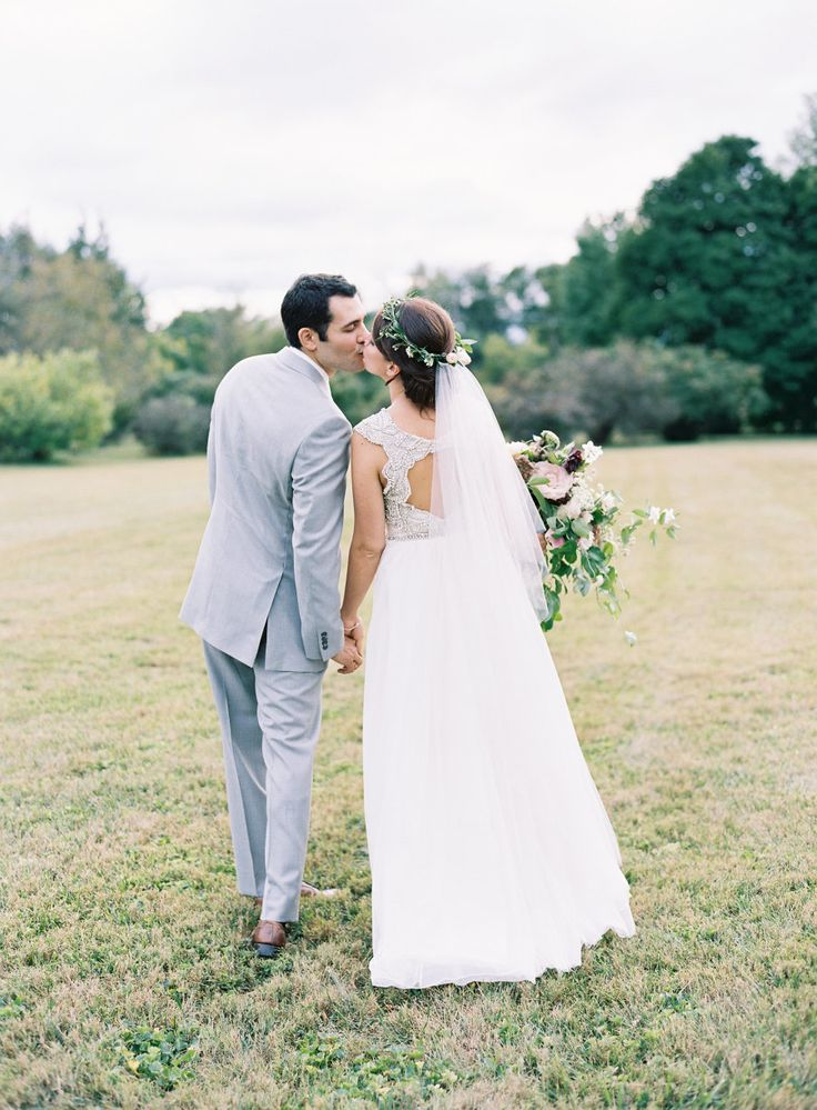 Photography : Natalie Watson Photography  | Wedding Dress : Hayley Paige