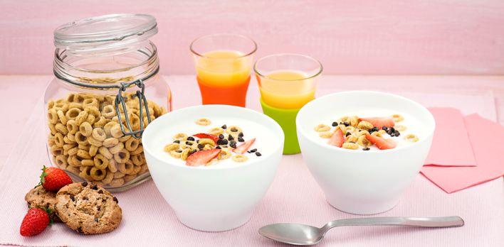 La colazione è il pasto più importante, e non solo per motivi nutrizionali. Una colazione buona e gustosa secondo noi è anche il modo migliore per cominciare la giornata, soprattutto se si riesce a ritagliarsi qualche momento per sedersi a tavola con calma.