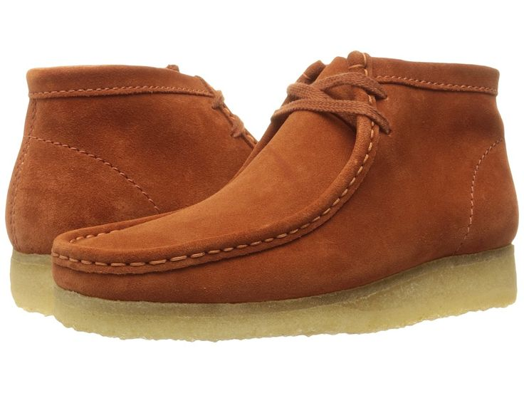 CLARKS CLARKS - WALLABEE BOOT (RUST VINTAGE SUEDE) MEN'S LACE-UP BOOTS. #clarks #shoes #