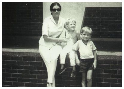 michael hutchence in hong kong | Patricia with Michael and Rhett in Hong Kong in 1966