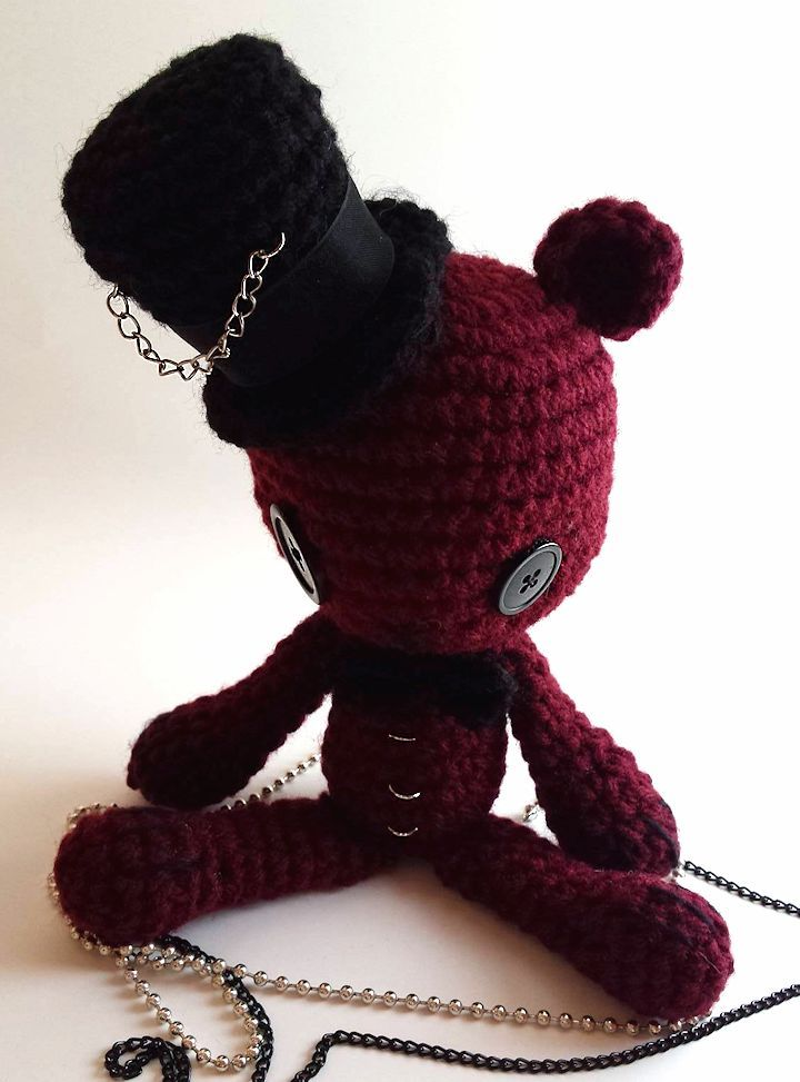 Little Goth Doll | Easy crochet animals, Halloween crochet ... | 973x720