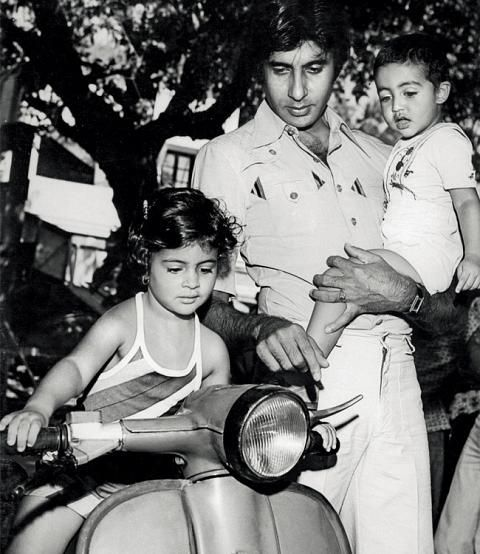 A young Amitabh Bachchan with daughter Shweta and son Abhishek.