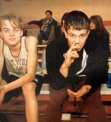 30 Awesome Behind the Scenes Photos from '90s Movies