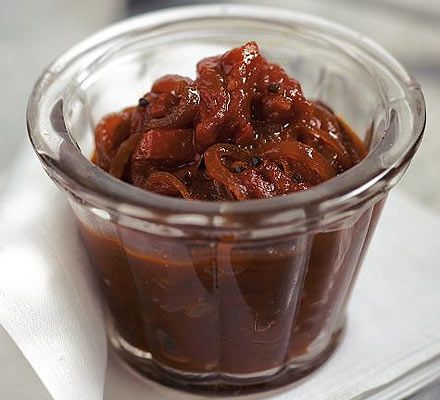 Homemade tomato chutney. This will be your christmas present. (BBC Good Food)