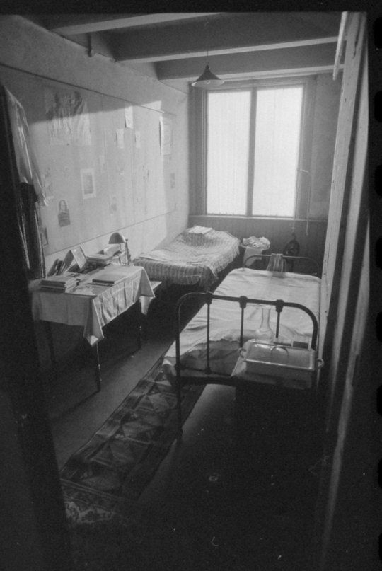 Bedroom at Anne Frank's Secret Annex, Amsterdam februari 1986.