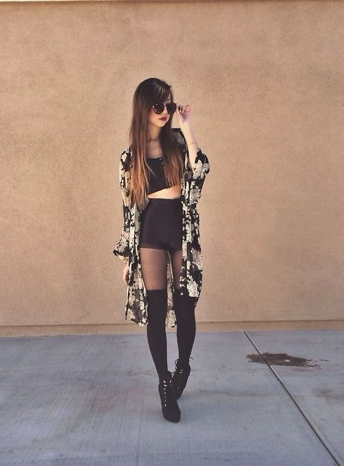 Crop top + high waist shorts + long kimono + over knee socks