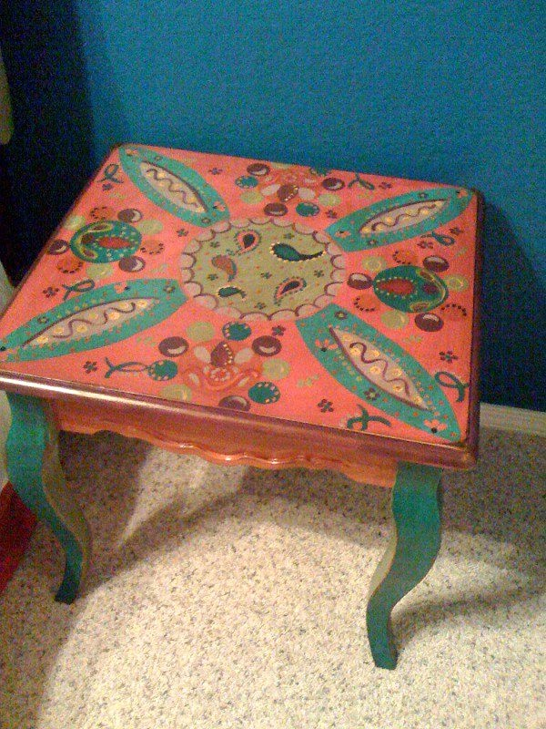 #painted Table Paisley