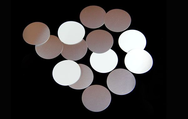 supplier of high quality foamback induction seal liner for polyethylene bottles and containers at very high quality and low price in liner disk pre-cut