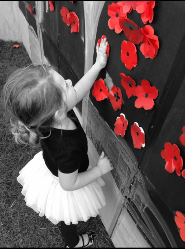 Create your own poppy for the wall of remembrance at the Australian War Memorial open day