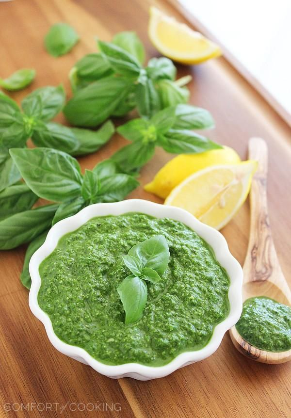 The Comfort of Cooking » Spinach Basil Pesto