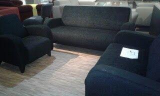 servis sofa ganti kain tambah busa dan bikin baru 08119354999: stok sofa @ show room