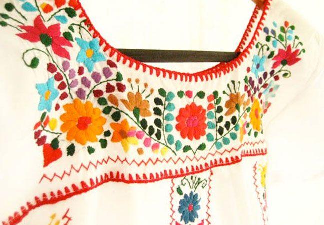 Bordado de colores sobre blanco | Flickr - Photo Sharing!