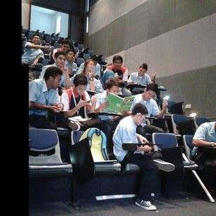 If you had a class size of over 25, you were like, THIS IS TOO DAMN MUCH. | 25 Things Everyone Who Went To A Small Liberal Arts School Knows To Be True