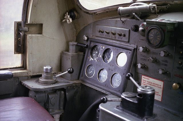 """Cab Interior of Deltic 55005 (D9005) """"THE PRINCE OF WALES'S OWN REGIMENT OF YORKSHIRE"""" whilst stopped at Newark on 9th July 1980.(Paul Bettany)"""
