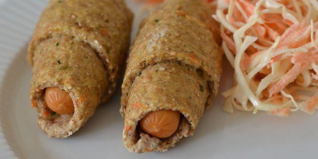 Sunde og lækre pølsehorn med både gulerod og squash, fuldkornsmel og fedtfattige kyllingepølser.