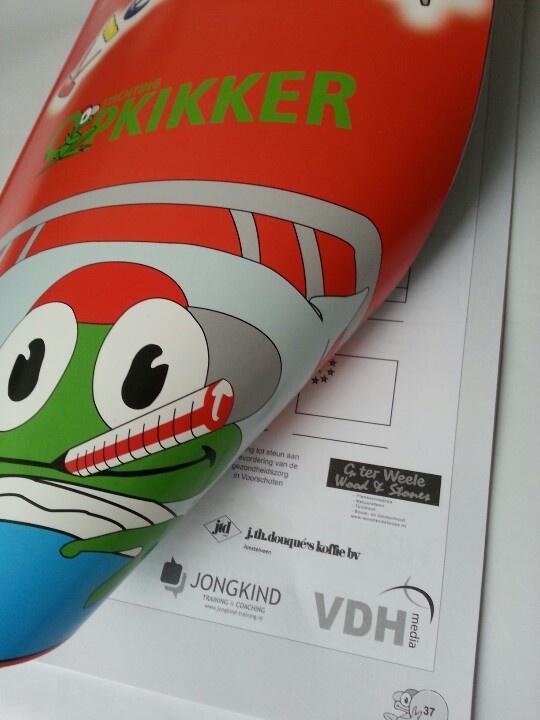 Jongkind Training & Coaching steunt zieke kinderen in het ziekenhuis via het kleur en knutselboek van Stichting Opkikker.
