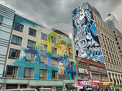 This mural by Raúl Ruiz (El Niño de las Pinturas) and Cern features the life and works of Spanish poet, playwright, and theater director Federico García Lorca. This stunning work of art is located on Lafayette Street at Canal Street, near both Little Italy and Chinatown, on the wall of the exceptionally unique hotel, City Rooms NYC SoHo.