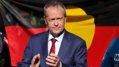 Labor leader Bill Shorten has ruled out changing the date of Australia Day.  The Greens have announced they will launch a campaign designed to convince a majority of Australians to change the date of Australia Day.  Greens leader Richard Di Natale says the 26th of January, which is on the same day as white settlement, is upsetting to many Indigenous people and the public should move the celebrations to a different day.  Former Prime Minister Tony Abbott has criticised Bill Shorten, saying…