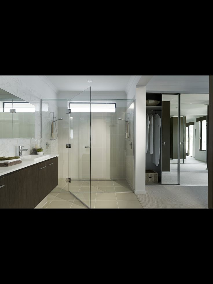 Bathroom layout (metricon)