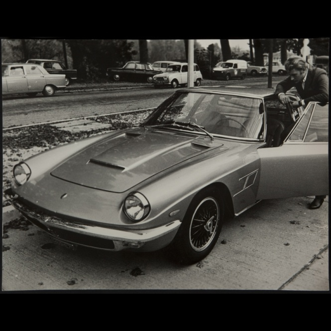johnny hallyday circa 1965 maserati men with cars and other things on wheels pinterest. Black Bedroom Furniture Sets. Home Design Ideas