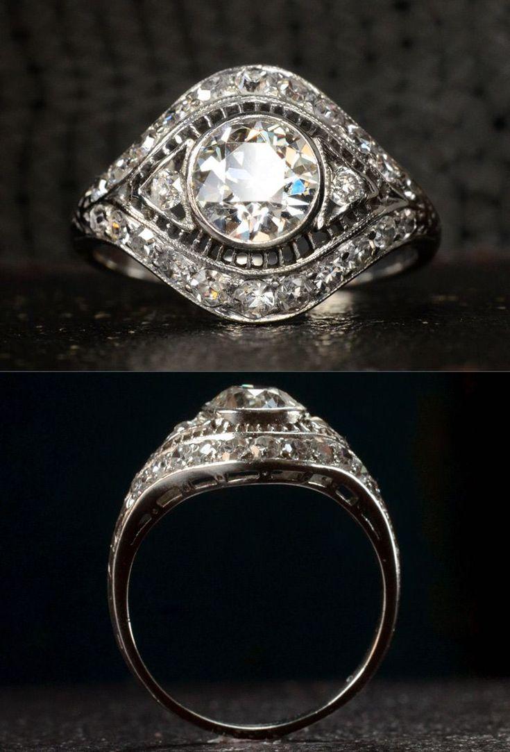 1920s Art Deco 1.00ct Old European Cut Diamond (I/J VS2) Filigree Diamond Ring, ~0.50ctw Single Cut Diamonds, Platinum