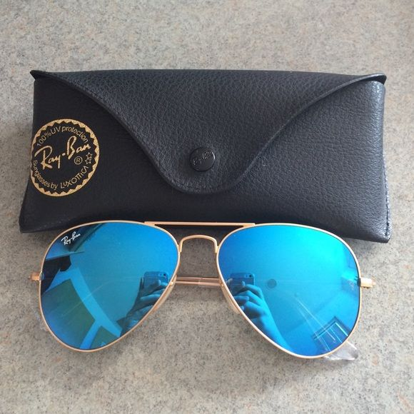 ray bans sunglasses blue  ray ban aviator flash lense nwt