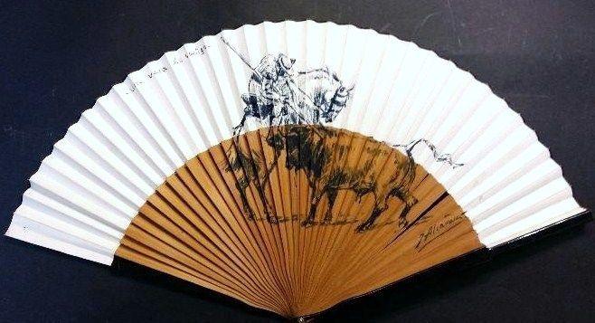 Julián Alcaraz (1876-1952) - Una vara de castigo  Stierenvechten onderwerp.Inkt op een fan van de hand.Recht en ondertekendLengte van de hand ventilator: 44 cmde inkt 25 x 25 cm (ongeveer)In perfecte staatHij werd geboren in Murcia op 18 juli 1876. Vanaf zeer jonge leeftijd toonde hij een grote belangstelling voor stieren en stierenvechten. Deze passie weerspiegelde zich spoedig in zijn schilderijen gegeven zijn aangeboren vaardigheden als schilder.Hij was zeventien jaar oud toen hij zijn…