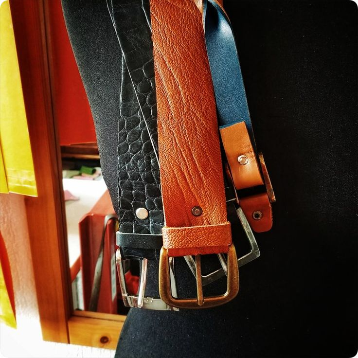 Can't find that perfect #belt? We'll make one for you. ❤ -------- #artisan #atelier #boutique #accessories #customorder #tailored #crocodile #leather #navy #black #croc