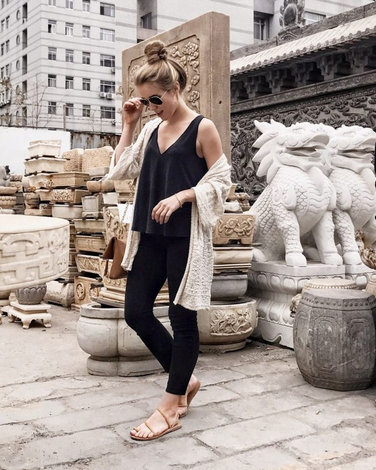 8 Travel Accessories to Up Your Airport Style | The Everygirl