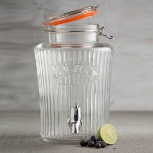 Fontaine à boisson esprit vintage imaginée par Kilner. Ce distributeur à boisson rétro est disponible avec une contenance de 5 litres ou 8 litres. Fontaine en verre avec fermeture hermétique.