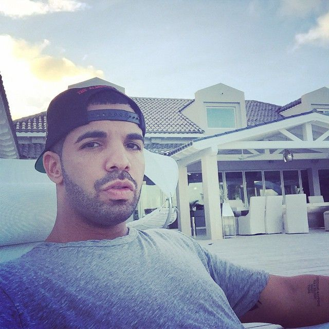Drake Nominated For Two 2014 American Music Awards