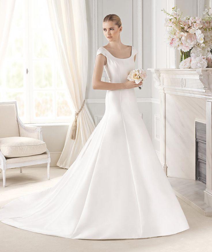 Beautiful ERMIN wedding dress from the Costura La Sposa collection La Sposa