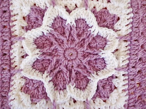 Free Online Crochet Granny Square Patterns : 25+ Best Ideas about Crochet Fall on Pinterest ...