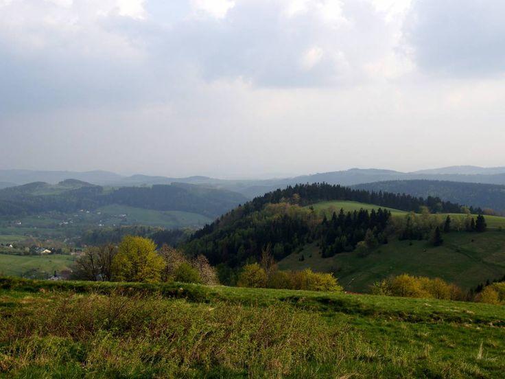 Najchętniej polecane noclegi przez Turystów w Górach Sowich: http://www.nocowanie.pl/gory-sowie---te-noclegi-najchetniej-polecaja-turysci.html