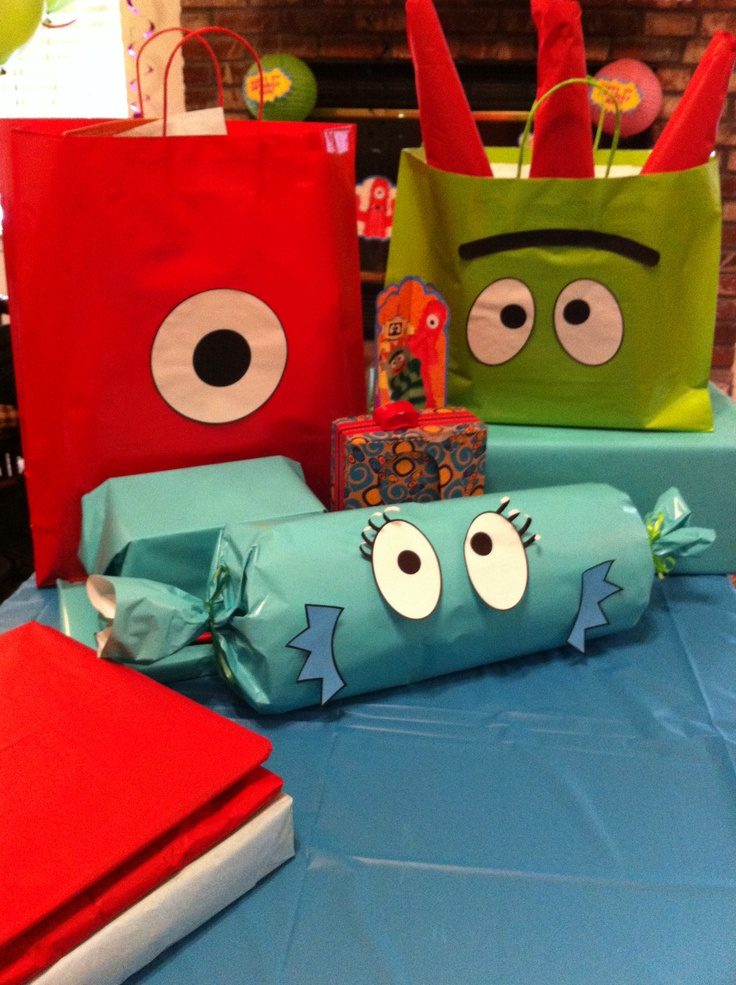 yo gabba gabba wrapping paper Walmart has it for 3 dollars a roll if you can find it so if someone happens to see it and could grab me like 3 rolls, i'd be willing to pay a little.