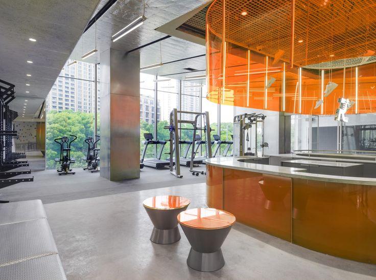prism design runner camp flagship concept store