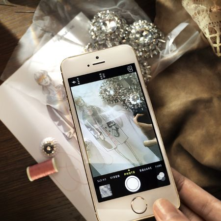 Burberry to use iphone 5s to capture spring/summer 2014 runway show