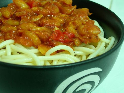 http://foods-to-avoid-during-pregnancy.info/spicy-food-during-pregnancy.html Hot and spicy food when pregnant. spicy shrimp and spaghetti