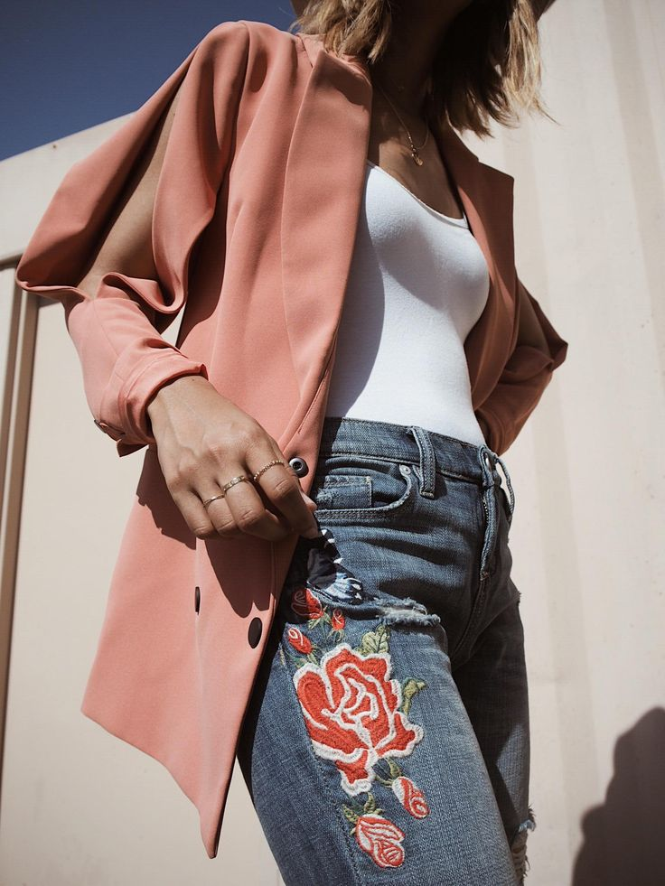 When embroidery makes a comeback and adds an extra pop of color with ease. Loving these jeans from @blanknycjeans via @stylinity. See where to get this entire look, plus I'm sharing some unique coupon codes to get a nice discount on these jeans (because really who doesn't like a good deal)  #sponsored #ad Click image or shop at https://go2b.uy/%40UnconsciousStyle/2