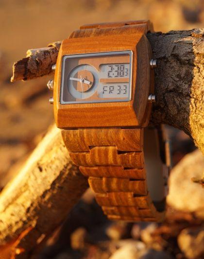 verawood - analog watch look here!