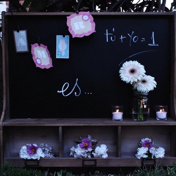 Tu yo= 1 la fórmula para recibir a tus invitados By DECOLORES   #weddingdecoration #boda #decoracion #vintage #love #amor #creative #flores #flowers #crafts #decolores #caracas #novia #bride #fiesta #party #venezuela #instabride #pink #hechoamano #creativo #instalove #instagood #instamood #candybar #mustache #centerpiece #mesadedulces #weddingplanner #pizarra #Padgram