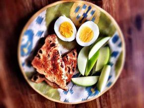 Cinnamon Raisin Toast with Green Apple Slice & a Hardboiled Egg - 7 Healthy Breakfast Ideas