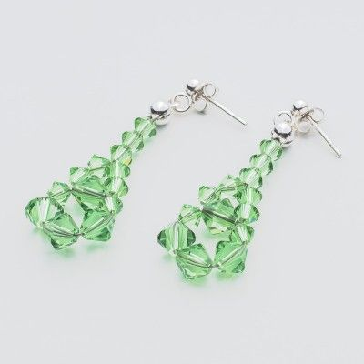 Swarovski Bicone Earrings 45mm Peridot  Dimensions: length: 4,5cm stone size: 4 and 6mm Weight ( silver) ~ 0,90g ( 1 pair ) Weight ( silver + stones) ~ 3,90g Metal : sterling silver ( AG-925) Stones: Swarovski Elements 5328 4 & 6mm Colour: Peridot 1 package = 1 pair  Price 7 EUR