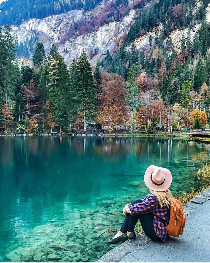 Blue Lake in kandergrund, Switzerland.