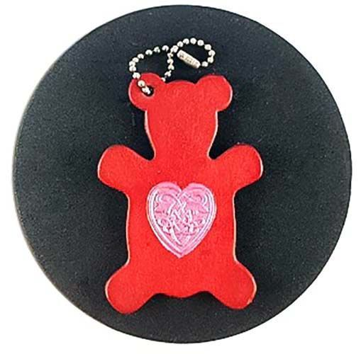 Did you know that today is National Teddy Bear Picnic Day? It's a beautiful day for picnic!Oh you're stuck inside all day? Well with our handcrafted teddy bear keychain you can go on a picnic whenever you want with you very own Teddy Bear!This one was painted in a bright red hue and the Celtic heart was painted in a shimmering pink. When last did you go on a picnic? . . . . . #teddybearpicnicday #teddybear #teddybears #leatherteddybear #leatherkeychain #teddybearkeychain #teddybearcharm…