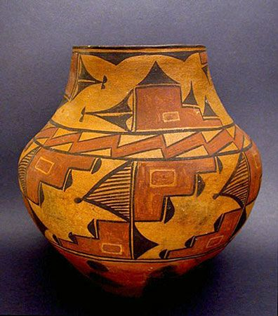 native american imagery and art | ... Gallery - Zia Pueblo Polychrome Jar, Southwest Native American Art